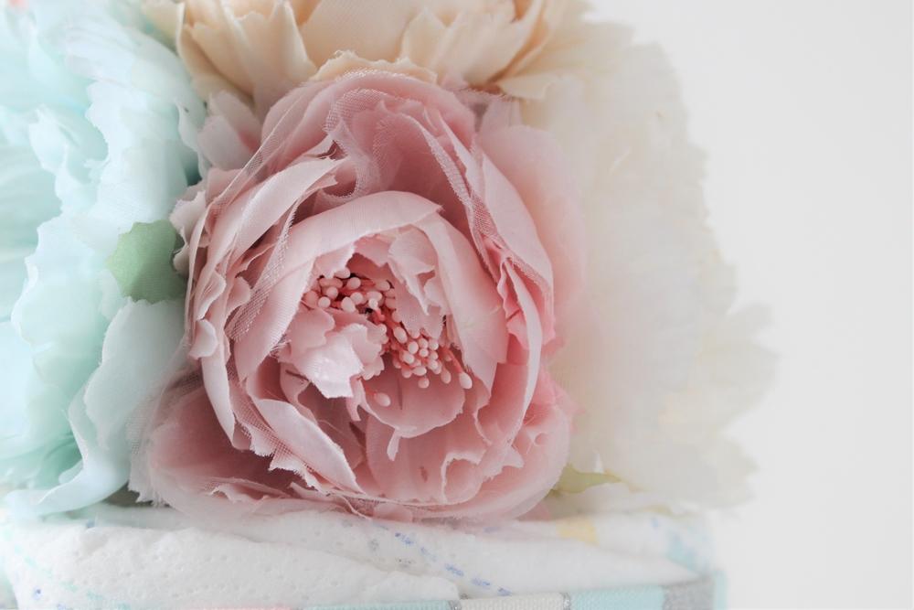 お花は上質なアーティフィシャルフラワーを使用しています